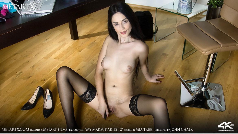 My Makeup Artist 2 – Mia Trejsi